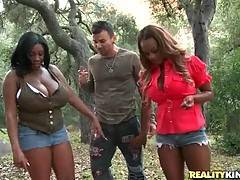 Ebony dolls want to have sex fun outdoors