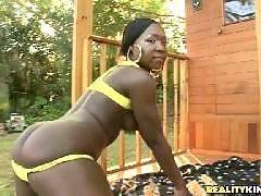Sweat box. Rayna Stacxxx