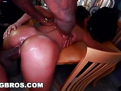 Rico Strong Fucks Teanna Trumps Pussy on Brown Bunnies